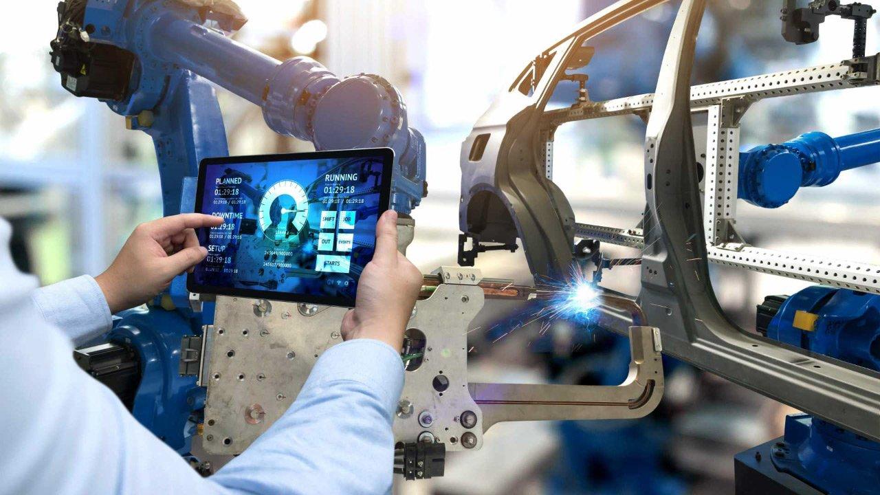 Digital Manufacturing Hardware